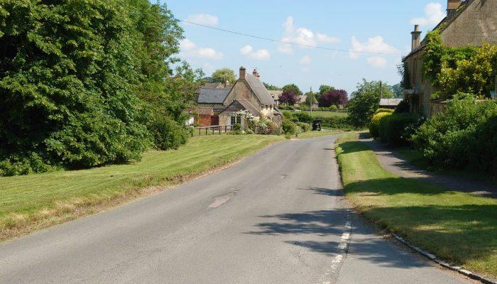 Test Ride Todenham village
